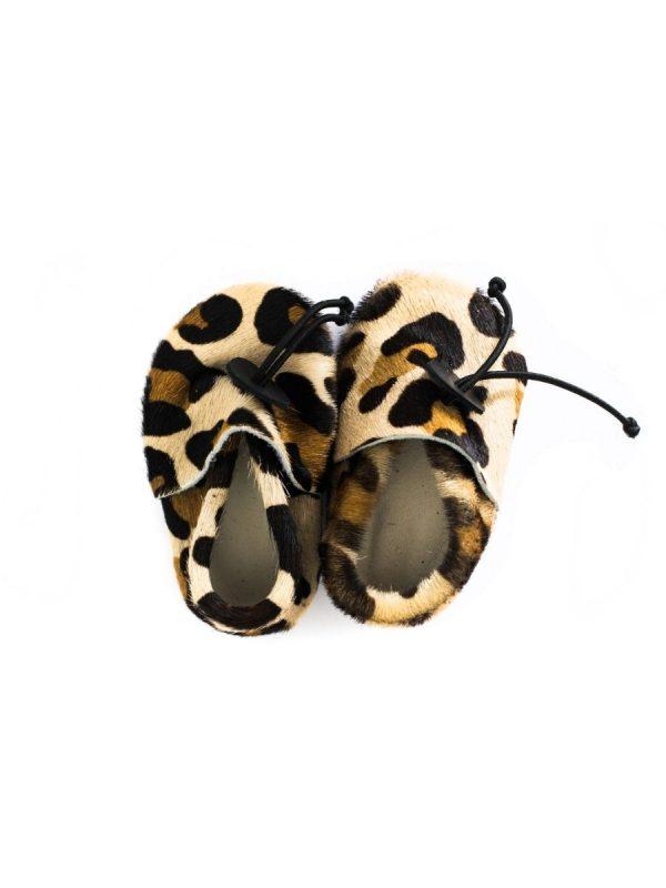 babyslofje luipaard vacht leer